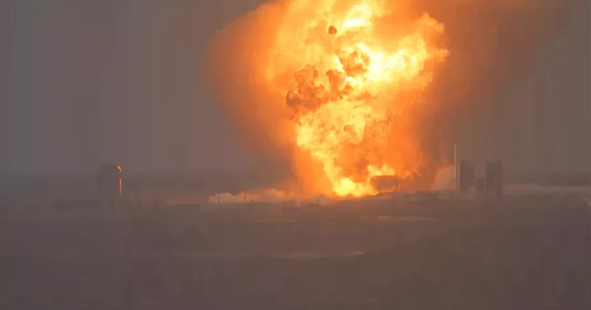 SpaceX Loses Another Prototype Rocket In Massive Explosion